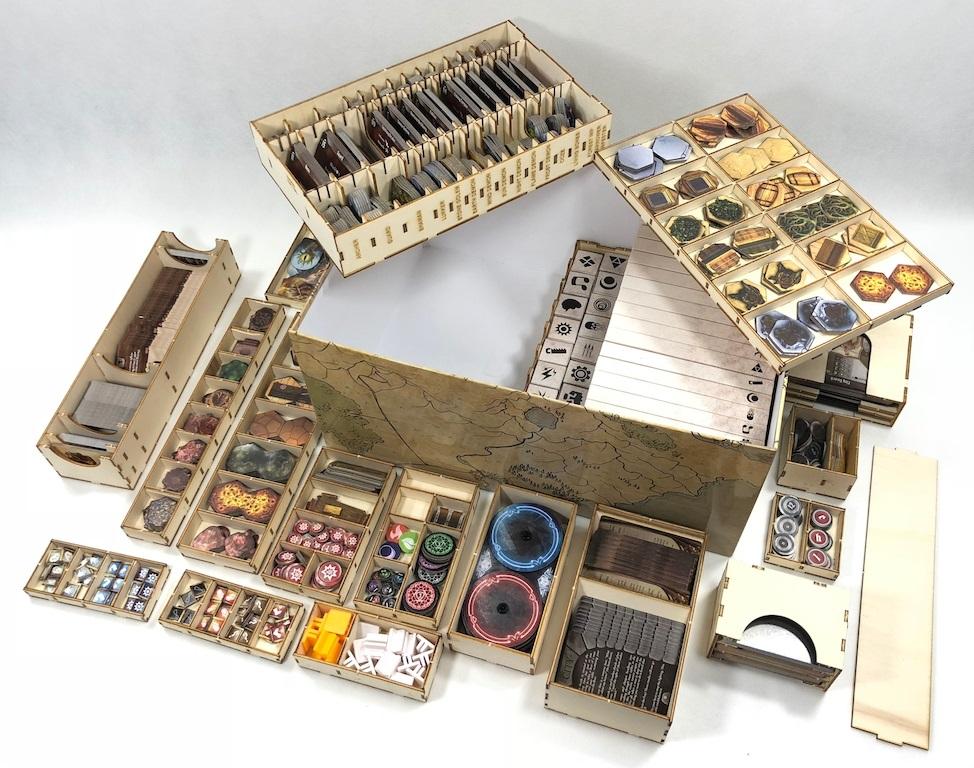 Drewniany insert pasujący do gry Gloomhaven (second edition)