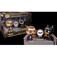 Figurka Funko POP: DC Batman 80th - Batman z podświetlanym Bat-sygnałem Funko - DC Funko - POP!